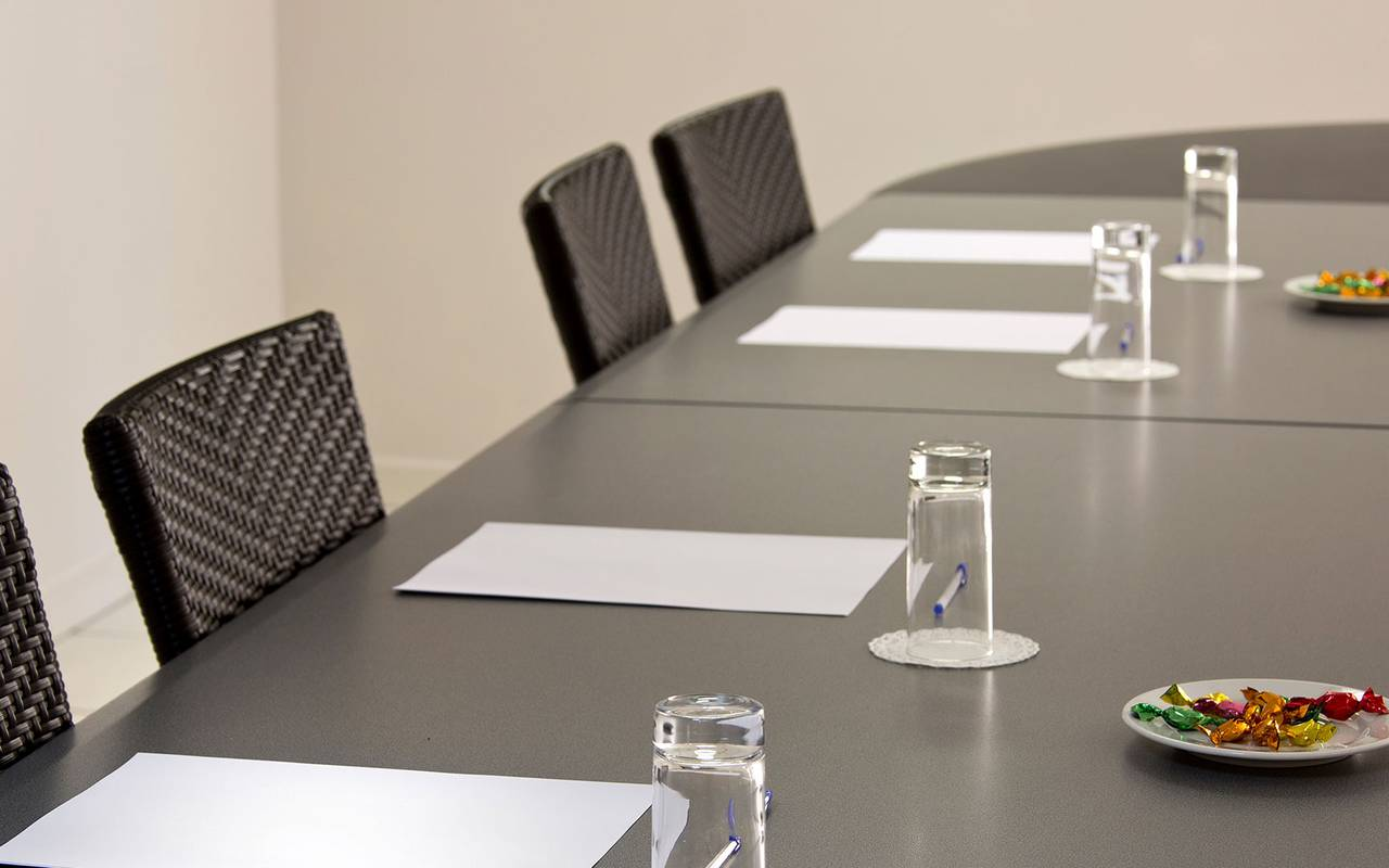 meeting room cassis