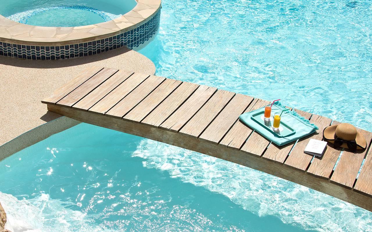 hotel piscine cassis